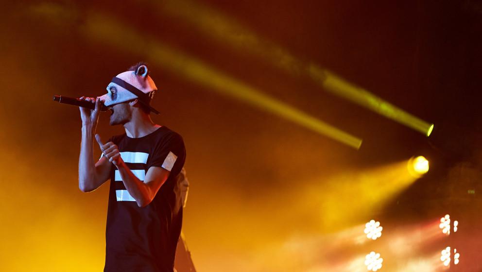 Der Rapper Cro tritt am 05.06.2014 beim Rockfestival 'Rock am Ring' auf dem Nürburgring bei Nürburg (Rheinland-Pfalz) als �