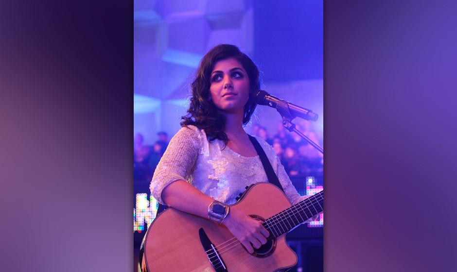 """Fakt 5: Noch vorbildlicher: Katie Melua, die ihren Hit """"Nine Million Bicycles"""" in einer korrekten Version neu aufnahm: Wi"""
