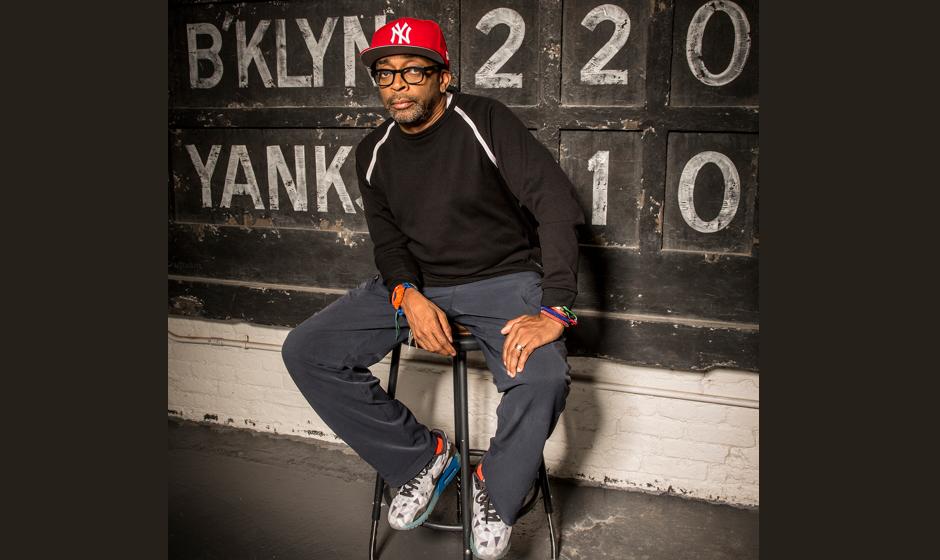 Regisseur Spike Lee bringt eine Sonderkollektion seiner berühmten roten Cap von 1996 heraus.