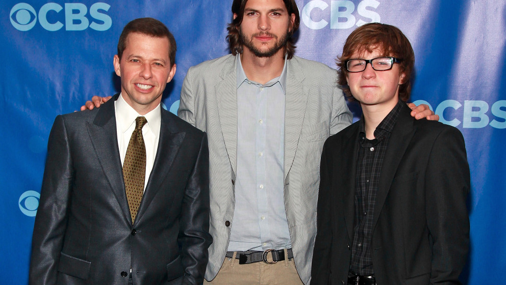 NEW YORK, NY - MAY 18:  (L-R) 'Two and a Half Men' actors Actors Jon Cryer, Ashton Kutcher and Angus T. Jones attend the 2011