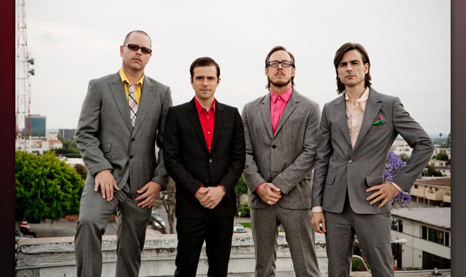 Weezer haben einen neuen Song namens 'Back To The Shack' als Stream online gestellt.