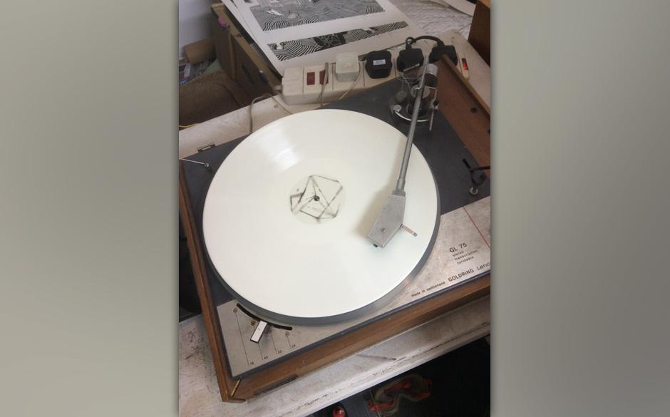 Ein Foto, das die Gerüchteküche anheizt: Haben Thom Yorke und seine Band Radiohead das neue Album etwa schon fertig?