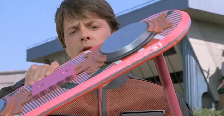 """Das beim Dreh zu """"Zurück in die Zukunft II"""" von Michael J. Fox benutzte Hoverboard kommt am 16. Oktober unter den Hammer"""