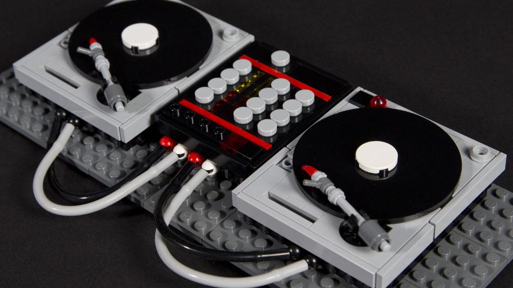 stein auf stein legend re dj decks und synthesizer als. Black Bedroom Furniture Sets. Home Design Ideas