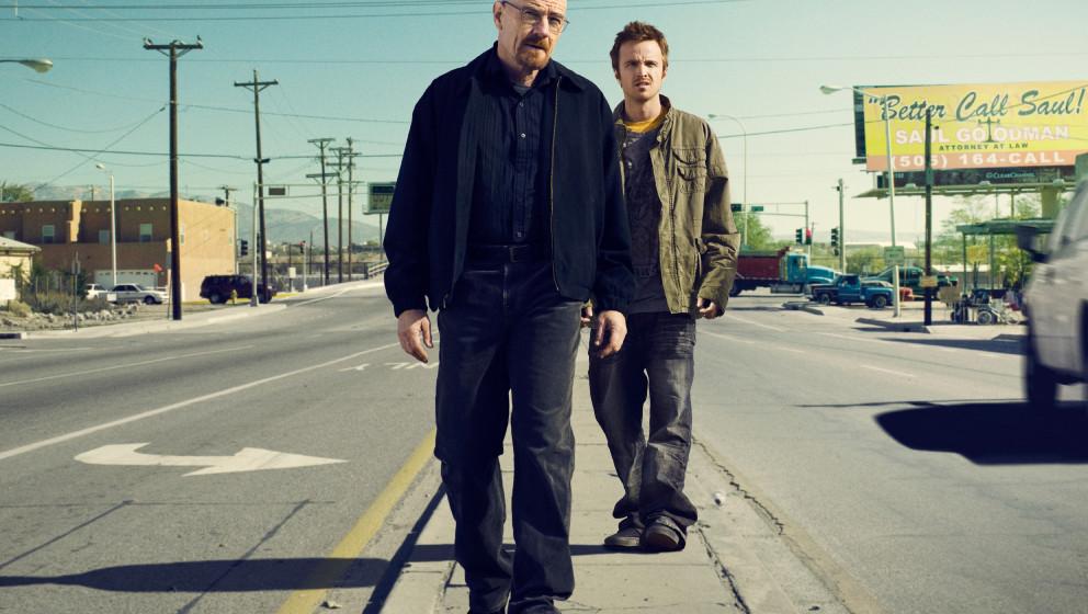Walter White (Bryan Cranston) and Jesse Pinkman (Aaron Paul) - Breaking Bad_Season 3 - Photo Credit: Ben Leuner/AMC
