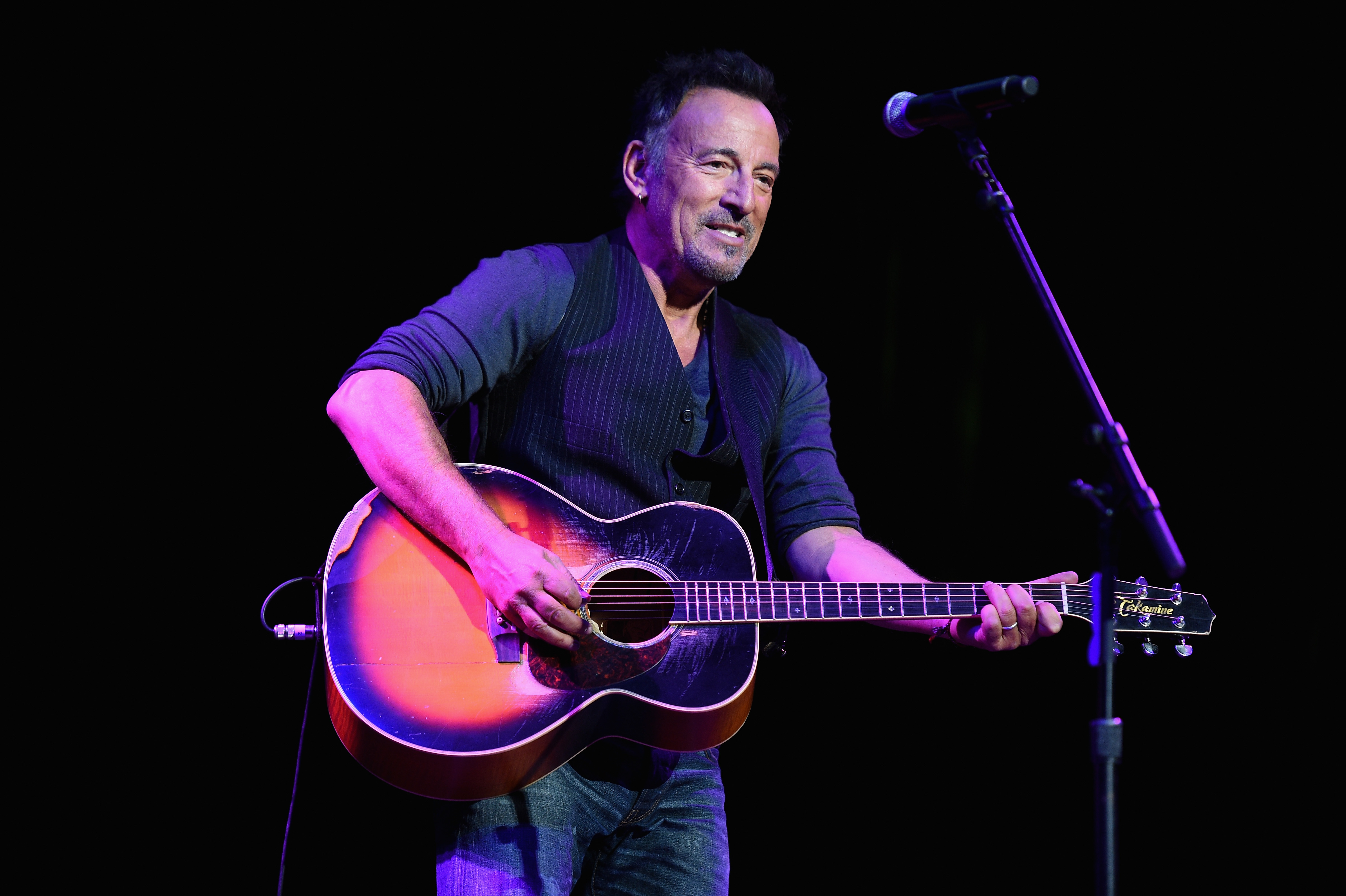 NEW YORK, NY - NOVEMBER 05:  Bruce Springsteen performs onstage at The New York Comedy Festival and The Bob Woodruff Foundati