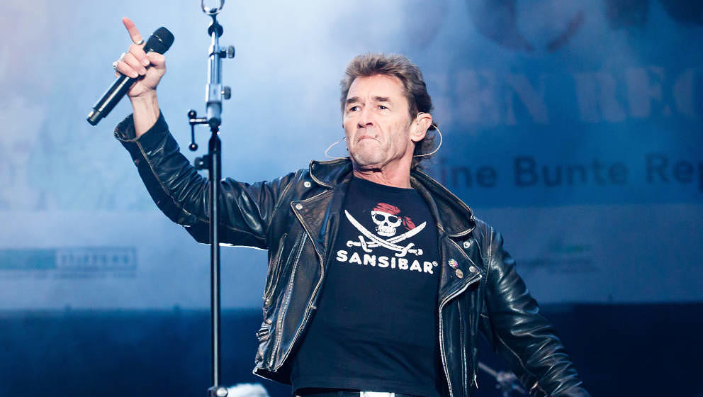 JENA, GERMANY - DECEMBER 02: Singer Peter Maffay performs live during the 'Rock Gegen Rechts' ('Rock Against Neo-Nazis') conc