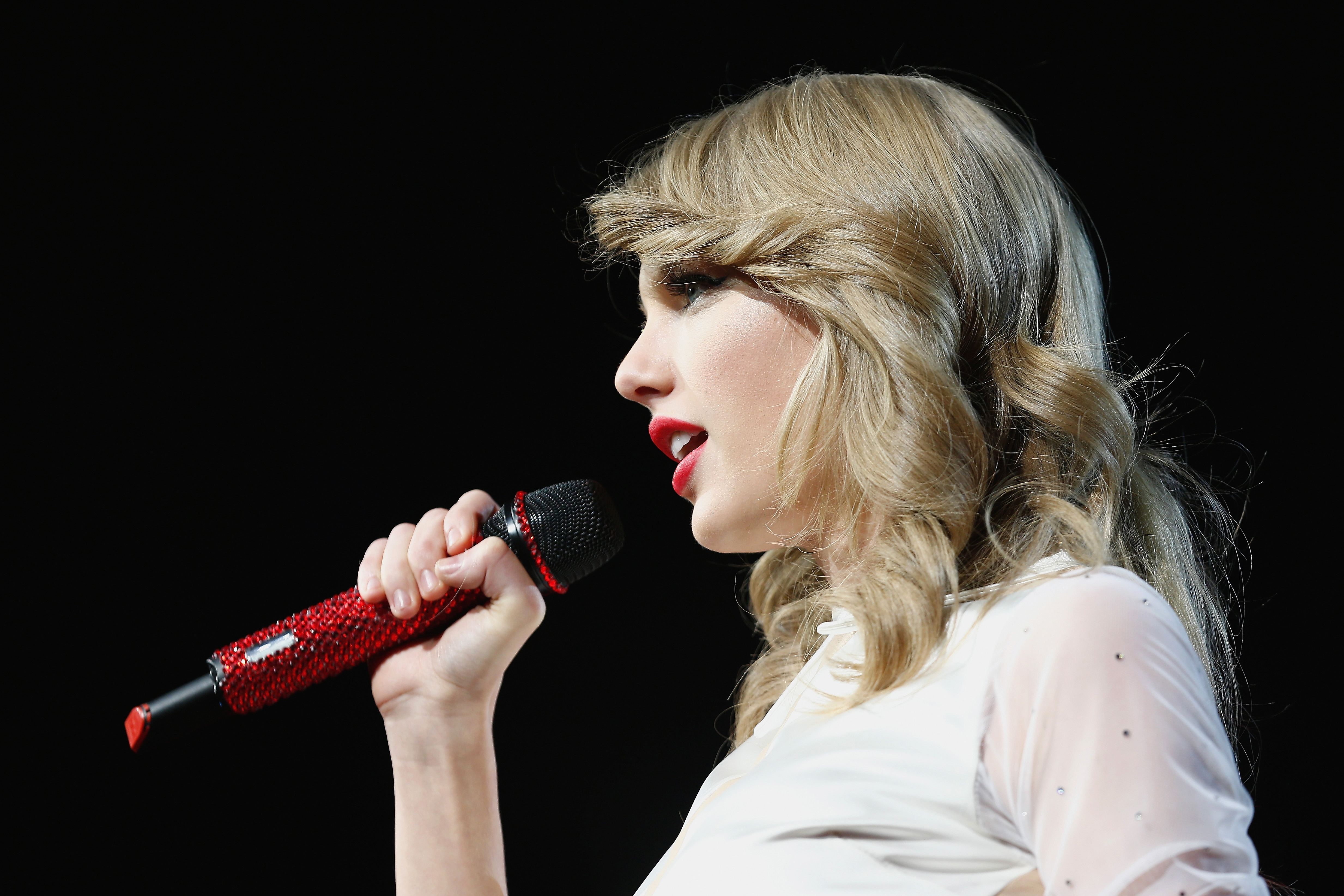 BERLIN, GERMANY - FEBRUARY 07:  Seven-time Grammy winner Taylor Swift took the European leg of her blockbuster The RED Tour s