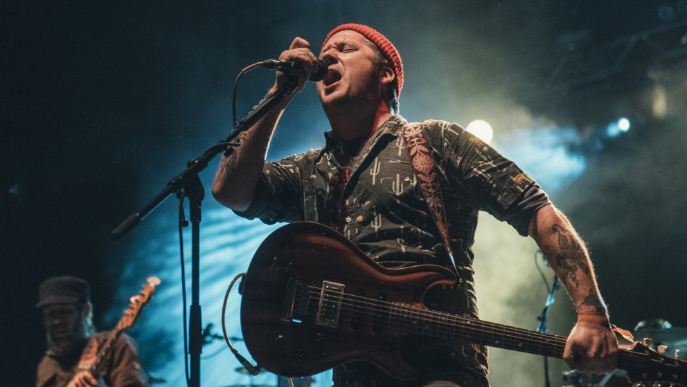 AUSTIN, TX - NOVEMBER 08:  Isaac Brock of Modest Mouse performs in concert during day 2 of FunFunFun Fest at Auditorium Shore