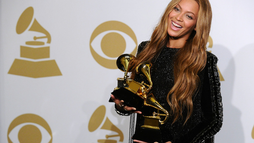 LOS ANGELES, CA - FEBRUARY 08:  Beyonce poses in the press room at the 57th GRAMMY Awards at Staples Center on February 8, 20
