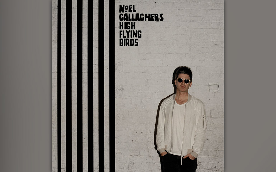Noel Gallagher's High Flying Birds - CHASING YESTERDAY