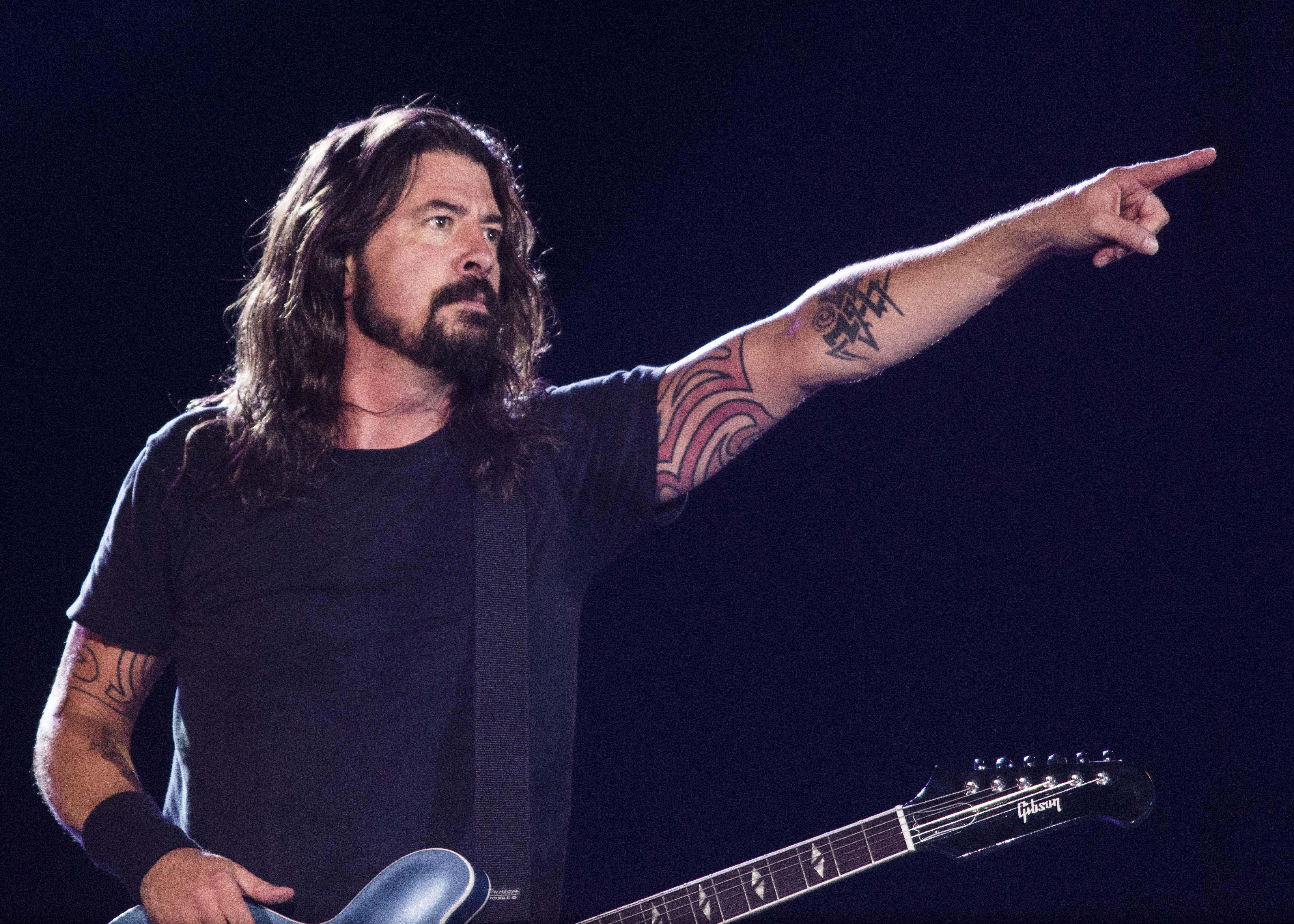 RIO DE JANEIRO, BRAZIL - JANUARY 25: Dave Grohl from Foo Fighters performs at Maracana on January 25, 2015 in Rio de Janeiro,