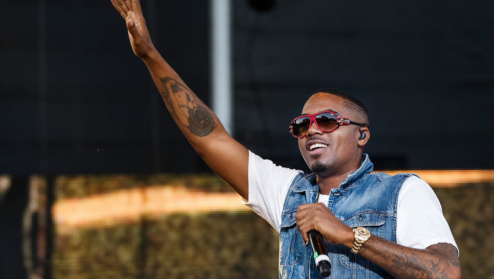SQUAMISH, BC - AUGUST 08:  Rapper Nas performs on stage during Day 1 of Squamish Valley Music Festival on August 8, 2014 in S