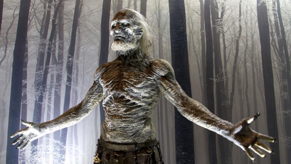 Original Requisiten und Kostüme bei der Pre-Opening-Party von 'Game of Thrones: Die Austellung' in der Arena Berlin. Berlin,