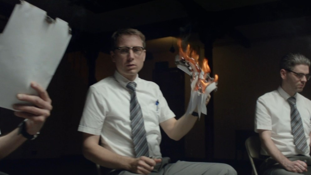 """Im neuen Video von FFS zum Song """"Johnny Delusional"""" geht es rund"""