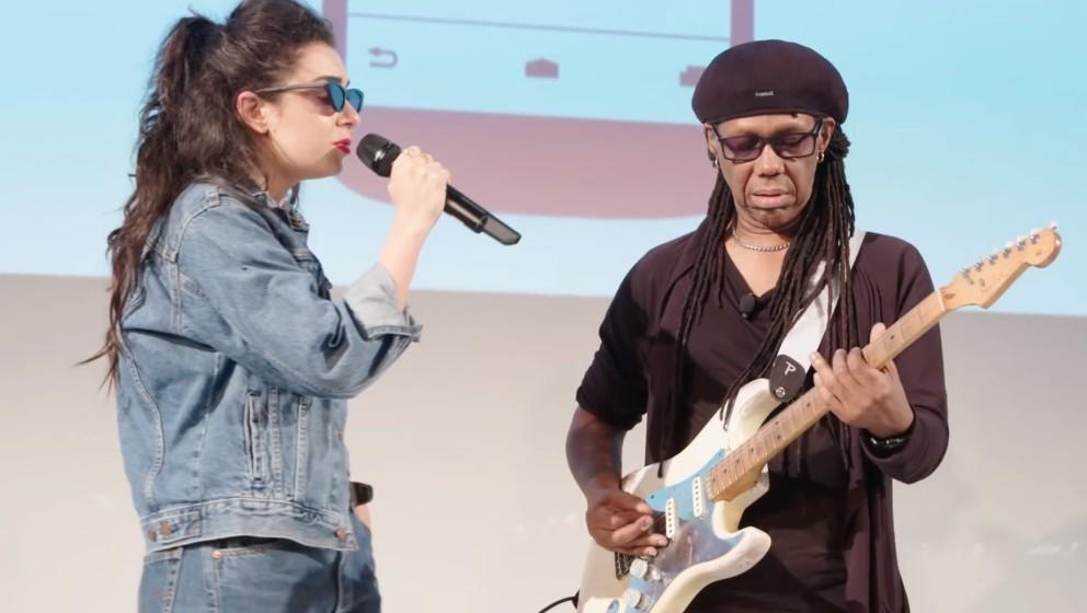 Charli XCX trat gemeinsam mit Nile Rodgers auf