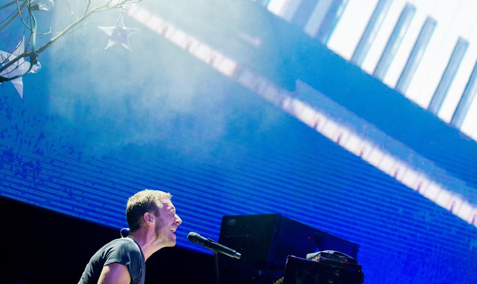 Chris Martin, S‰nger der britischen Band Coldplay, steht am 25.04.2014 beim weltweit ersten von sieben Konzerten zur Verˆf