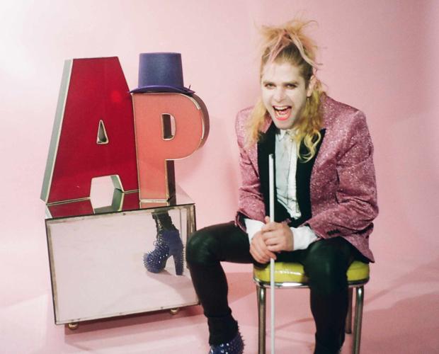 Mit viel Pom Pom im Gepäck: Ariel Pink spielt im November drei Konzerte in Deutschland.