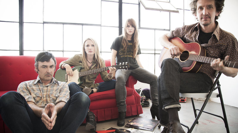 "Veruca Salt streamen ihr Comeback-Album ""GHOST NOTES"""
