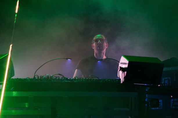PARIS, FRANCE - AUGUST 30: Tom Rowlands from The Chemical Brothers performs at Domaine National de Saint-Cloud on August 30, 2015 in Paris, France. (Photo by David Wolff - Patrick/Redferns)