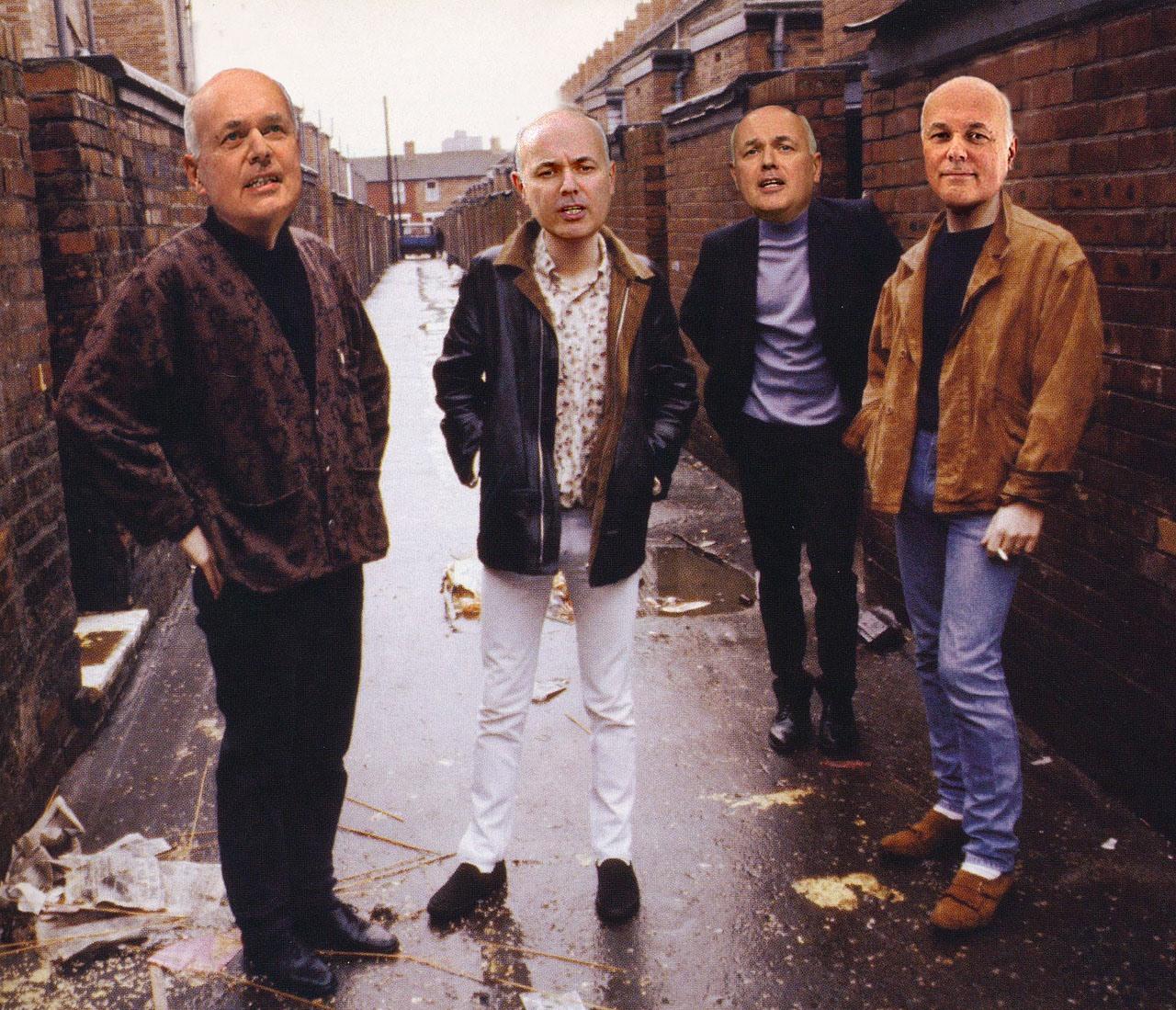 The Iain Duncan Smiths sind eine Politiksatire-Band, die Songs von The Smiths adaptiert.