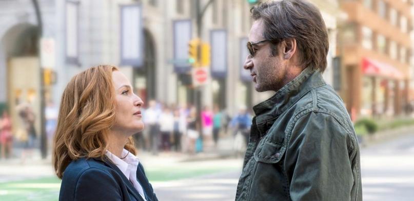 """Nach 13 Jahren endlich ein Wiedersehen: Scully (li.) und Mulder (re.) in der neuen Staffel der """"X-Files"""""""