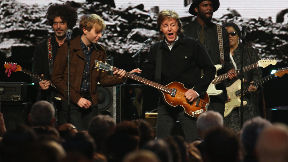 CLEVELAND, OH - APRIL 18: (L-R) Doyle Bramhall II, Beck, Paul McCartney, and Gary Clark, Jr. perform onstage during the 30th