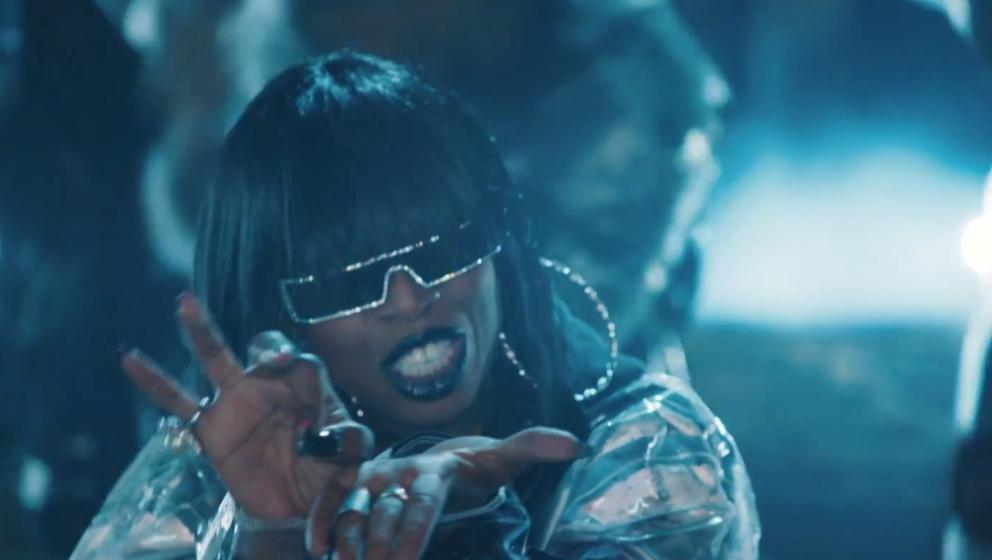 """Back for boom: Missy Elliott haut ihren neuen Track """"WTF"""" raus."""