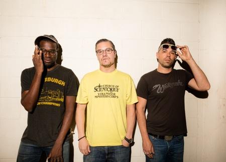 Nevermen sind Tunde Adebimpe, Mike Patton und Adam Drucker (v.l.).