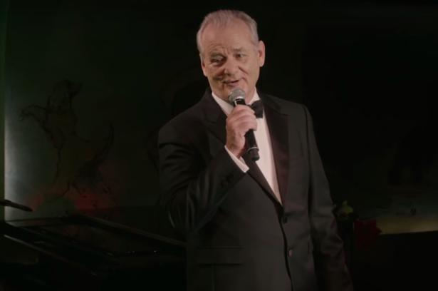 "Bill Murray sing im neuen Coppola-Film ""A Very Murray Christmas"" den Klassiker ""Jingle Bells"""
