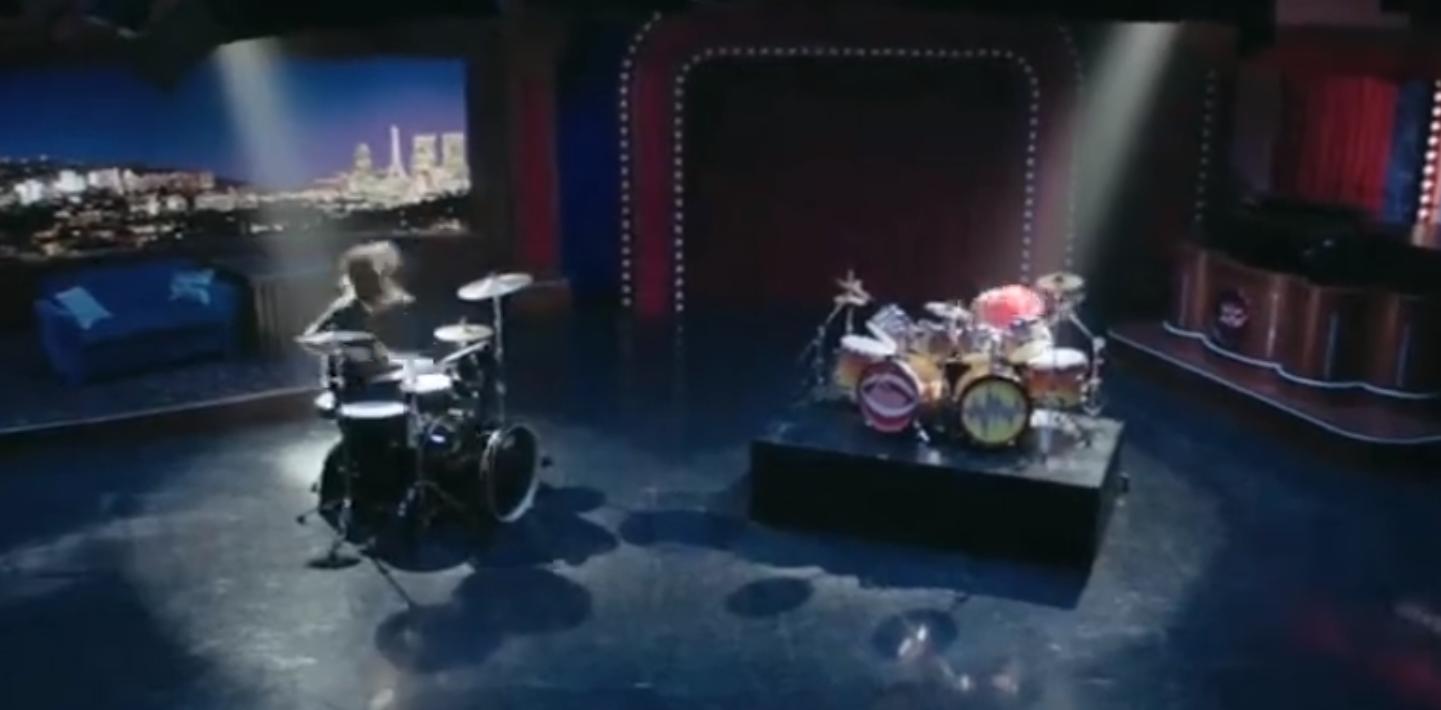 """Battle of the Year: Dave Grohl trat im Schlagzeugwettbewerb gegen """"The Animal"""" aus der """"Muppets""""-Show an"""