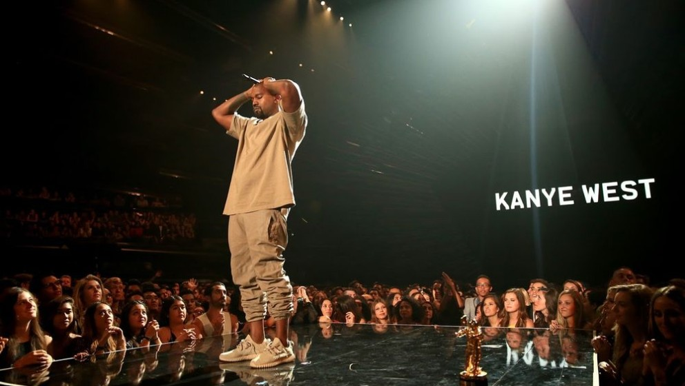 Kanye im Komplettlook der Yeezy Season 2.