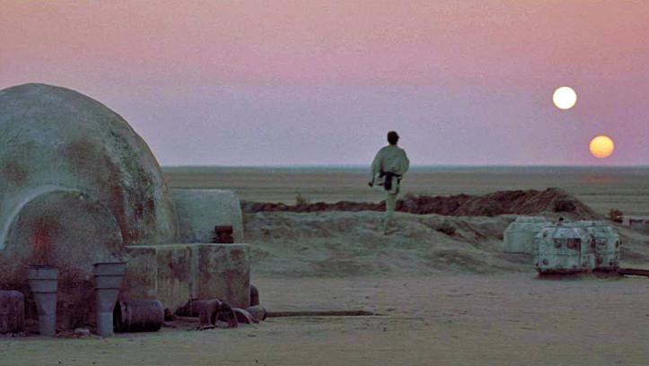 Lukes Heimatplanet Tatooine hat zwei Sonnen.
