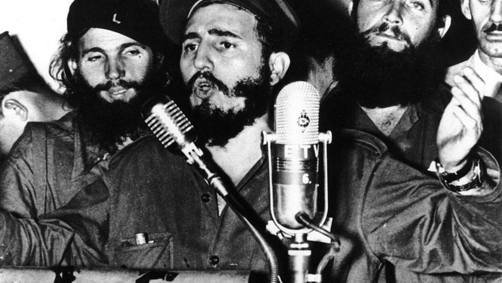 Cuban revolutionary Fidel Castro during an address in Cuba after Batista was forced to flee.   (Photo by Keystone/Getty Image