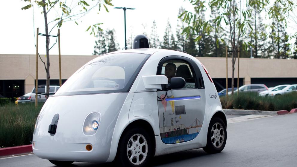 Ginge es nach Google, dann gehören selbstfahrendes Autos bald zum Stadtbild.