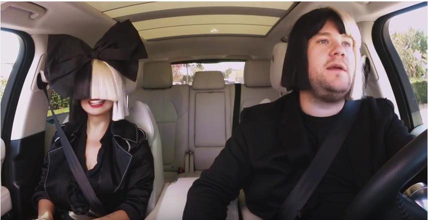 Sia und James Corden machen auch mit Perücke eine gute Figur.