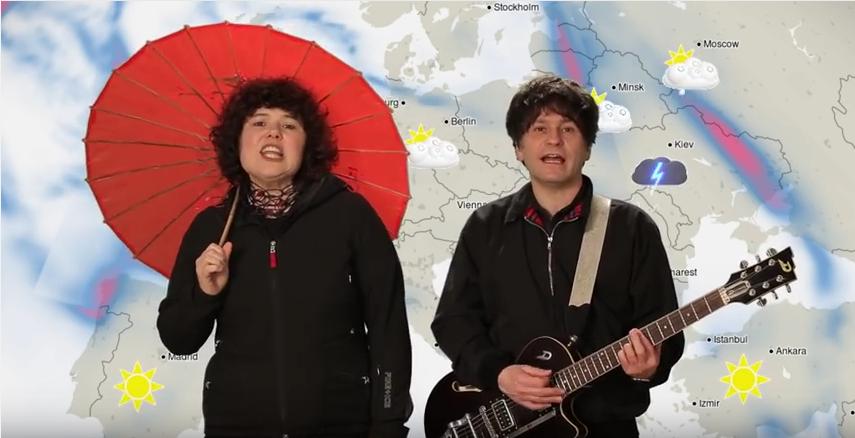 """Die Woog Riots in ihrem Video zu """"Rain""""."""
