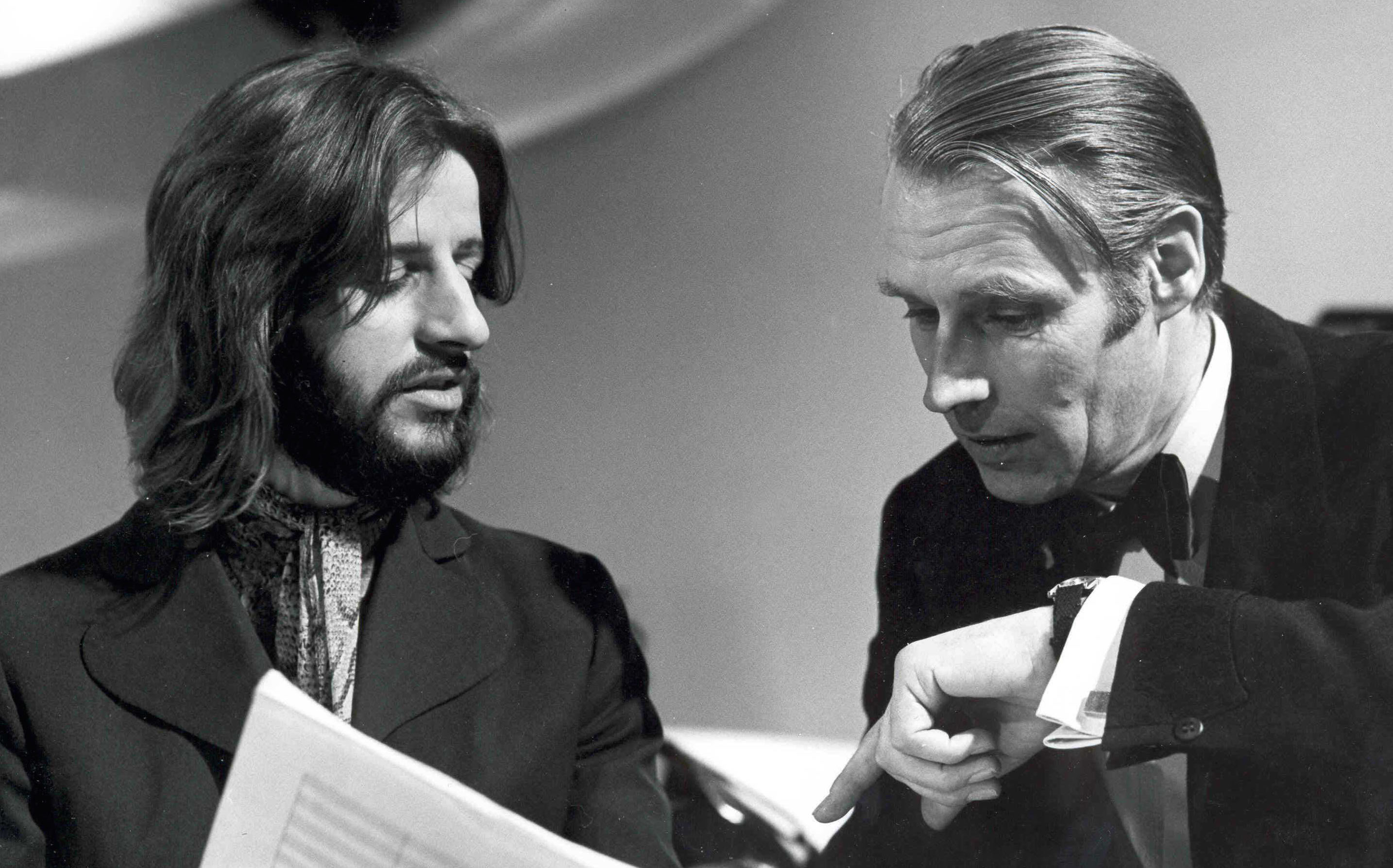 Ringo Starr mit George Martin