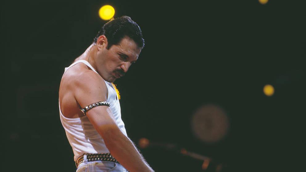 """War schon zu Lebzeiten eine Legende: Freddie Mercury beim """"Live Aid""""-Konzert 1985"""