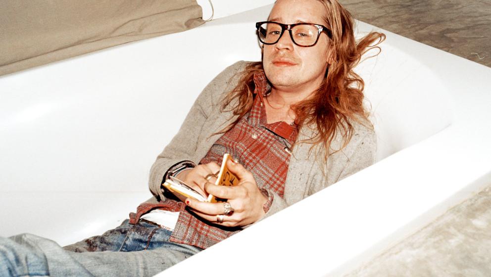 Macaulay Culkin in seiner Pariser Badewanne - lebendig!
