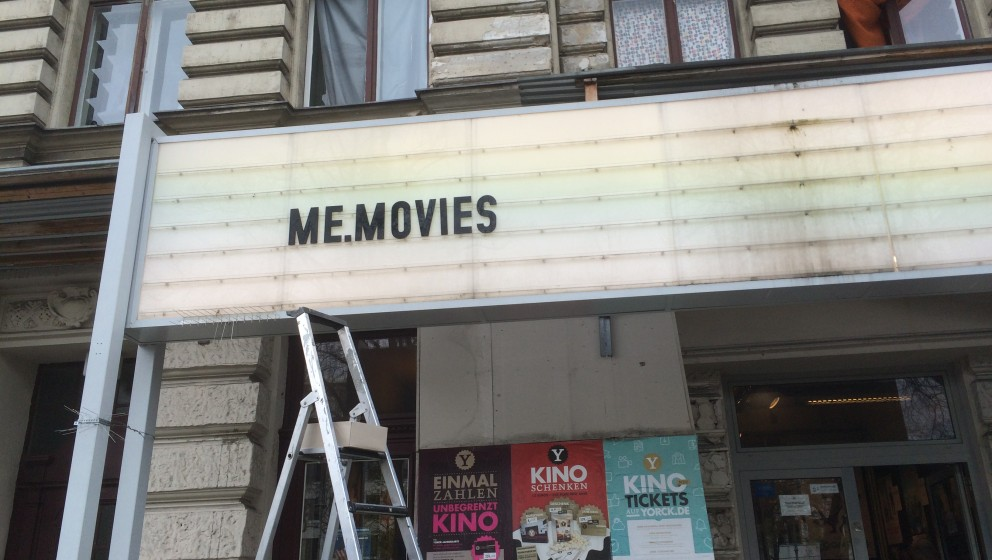Now Playing: ME.MOVIES