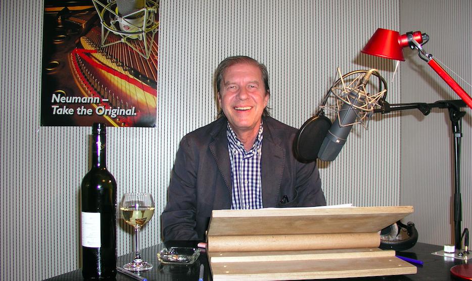 Arne Elsholtz  starb am 26. April in Berlin.