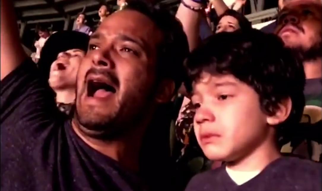 Der sechsjährige Noel mit seinem Papa Luis.