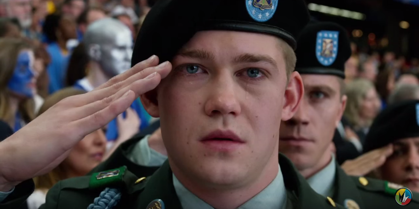 Newcomer Joe Alwyn als Irak-Heimkehrer Billy.