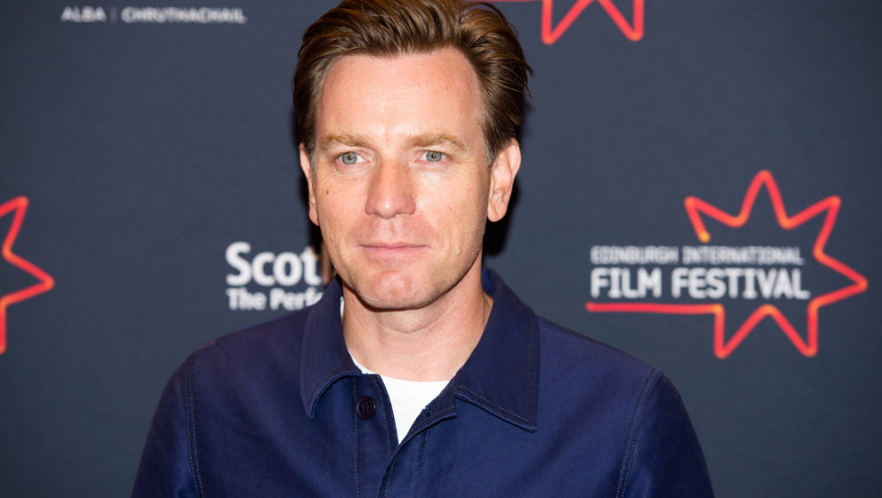EDINBURGH, SCOTLAND - JUNE 21:  Ewan McGregor attends a photocall for the World Premiere of 'Doll & Em' and UK Premiere o