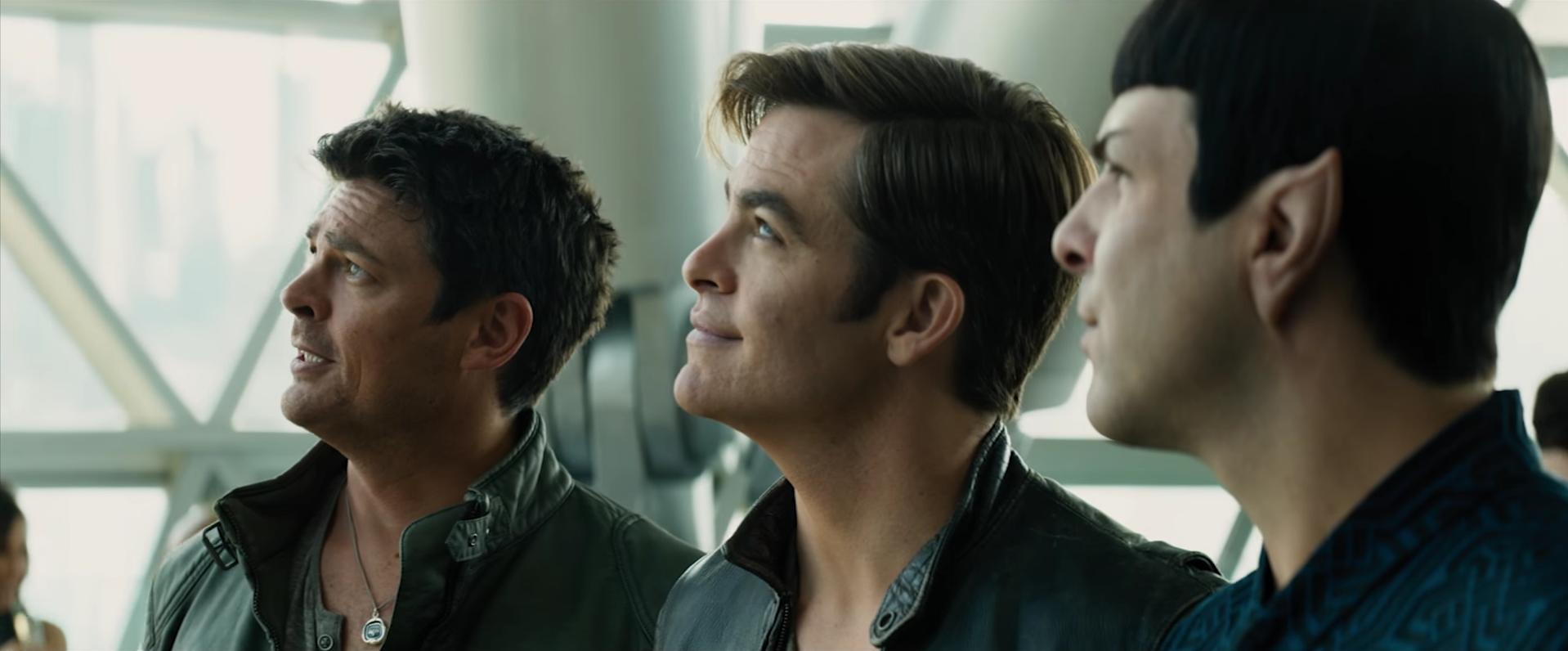 Die Crew der Enterprise, gespielt von Chris Pine, Zachary Quinto (r.) und Karl Urban (l.).