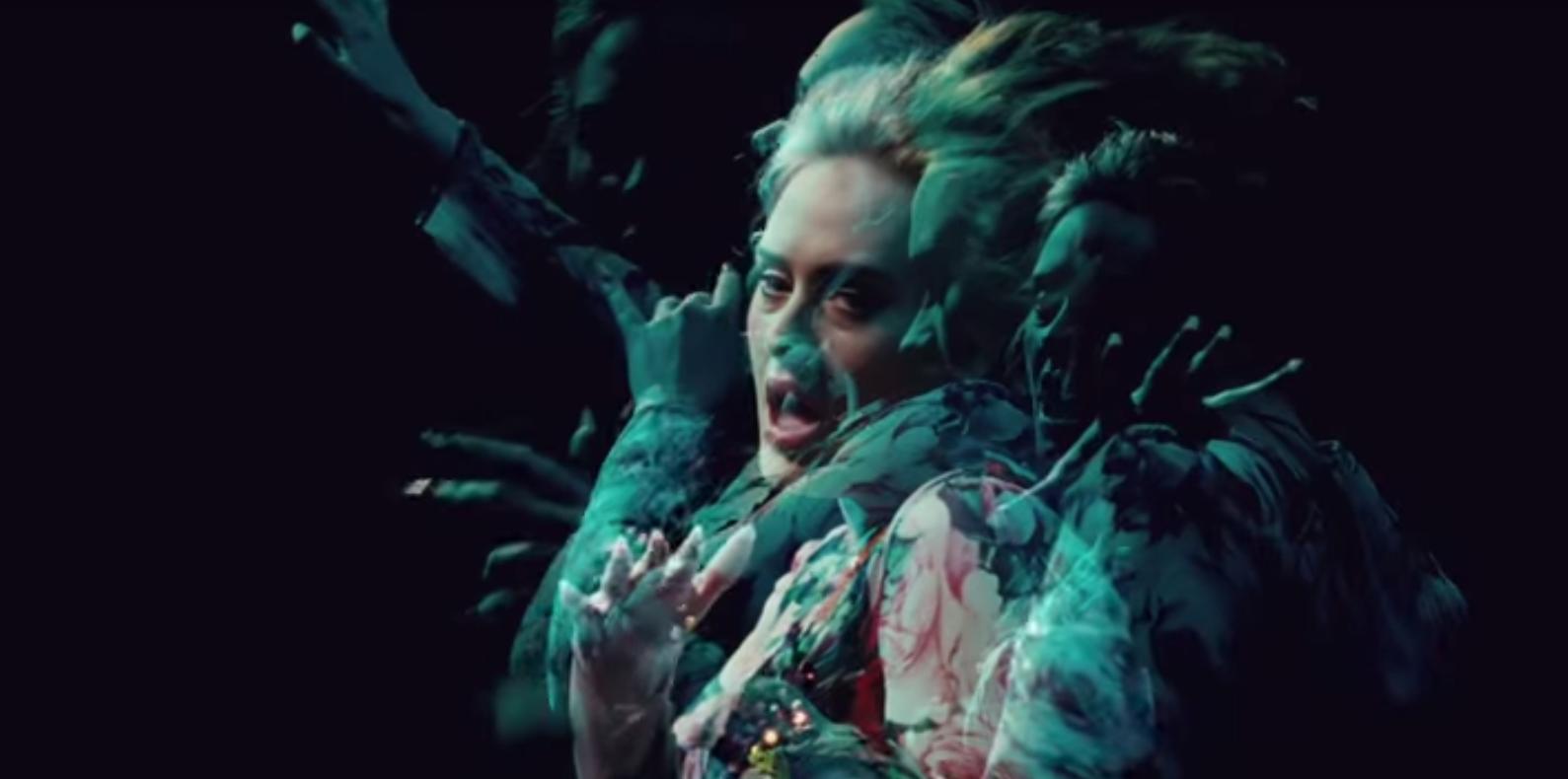 """Einige der zahlreichen Adeles in Adeles neuem Video zu """"Send My Love"""""""