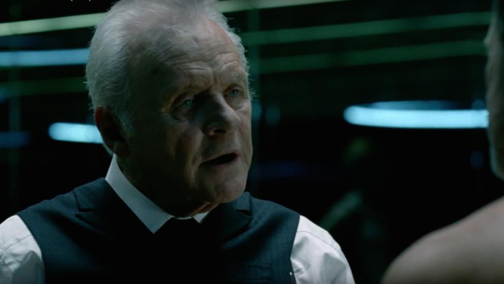 Anthony Hopkins als Dr. Robert Ford.
