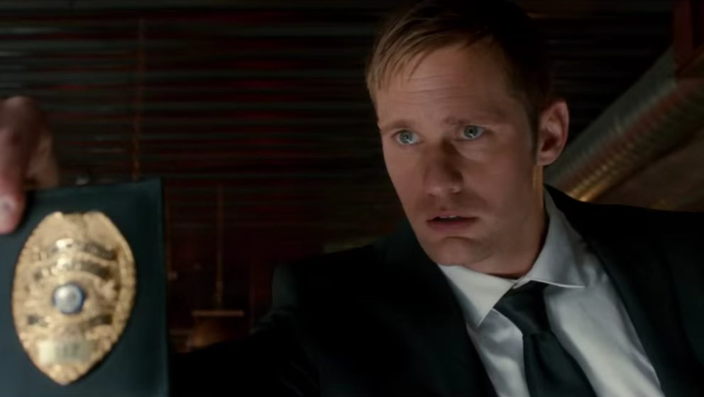 "Alexander Skarsgård als bad Cop in ""War On Everyone""."