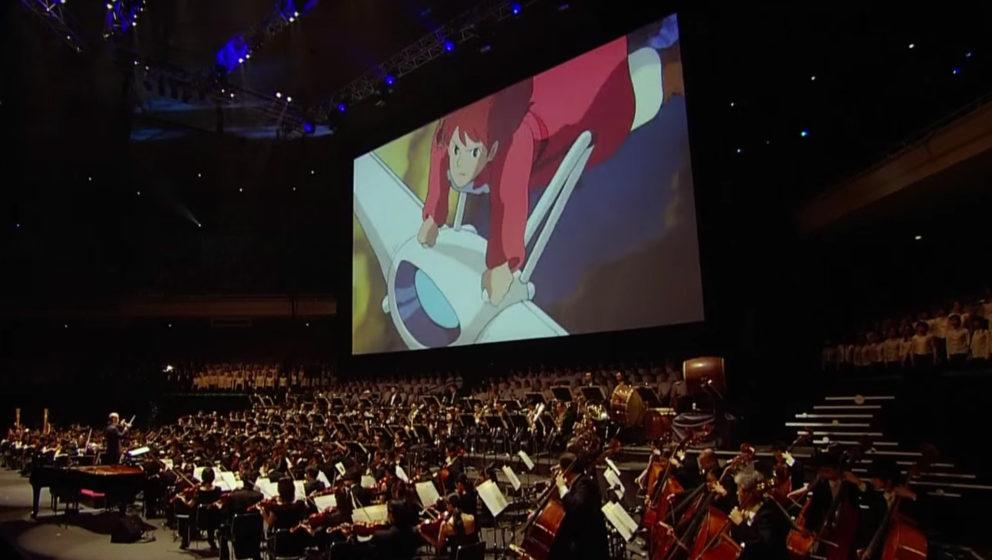 Studio Ghiblis großartigste Filmmusik, dirigiert von Joe Hisaishi.